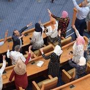 Guerre de tranchées à l'Assemblée tunisienne