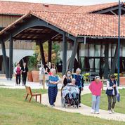 Dans le nouveau centre Alzheimer des Landes, les malades vivent librement