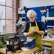 Chute historique d'activité dans l'artisanat au printemps