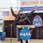 Lanceurs spatiaux: le Pentagone préfère Elon Musk à Jeff Bezos