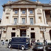Le cauchemar estival des palaces parisiens