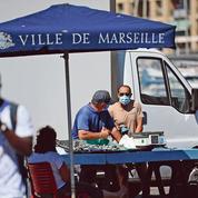 Masque dans la rue, bars fermés à 23heures: les Marseillais furieux