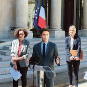 Le casse-tête des macronistes face à la présidente d'Île-de-France