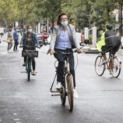 Port du masque à vélo: les cyclistes parisiens entre soulagement et incompréhension