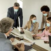 Covid-19: les salariés veulent plus d'explications de leur patron