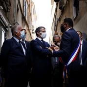 En Corse, Emmanuel Macron se rend au chevet des acteurs du tourisme