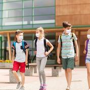 «Vos parents n'ont pas payé la cantine»: des collégiens se voient refuser leurs manuels scolaires