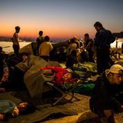 Après l'incendie de Lesbos, la détresse des migrants et le ras-le-bol de la population