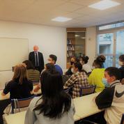 Au lycée Autrement créé par Tiphaine Auzière, fille de Brigitte Macron, les cours ont commencé