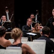 «Souris et tais-toi»: la longue route des cheffes d'orchestre vers la reconnaissance
