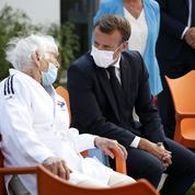 Covid-19:Macron poursuit sa tournée de mise en garde