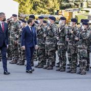 En Lituanie, Emmanuel Macron maintient son appel à travailler avec Moscou