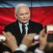 Pologne: Jaroslaw Kaczynski sort de l'ombre et entre au gouvernement