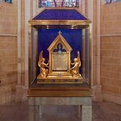 Hubert Le Gall orchestre l'apparition du voile à la cathédrale de Chartres