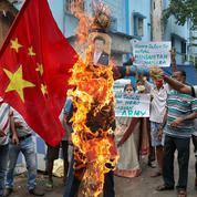 Face à l'Inde, la Chine accroît sa pression militaire sur l'Himalaya