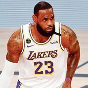 LeBron James, le «King» de la NBA, repousse les limites du temps