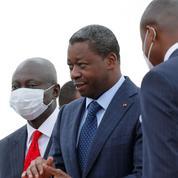 En Afrique de l'Ouest, la démocratie à la peine