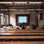 Comment «un des plus gros clusters de France» s'est-il développé dans l'école de commerce de Nantes?