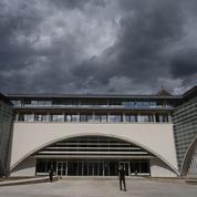 Tondue parce qu'elle fréquentait un Serbe chrétien: le procès s'ouvre à Besançon