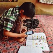 L'Inde, une salle de classe géante virtuelle sur WhatsApp