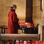 Attentat, interdiction des messes: le désarroi des catholiques