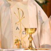 Le plaidoyer d'évêques et d'intellectuels pour lever l'interdiction des messes