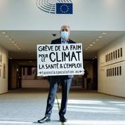 Un eurodéputé français en grève de la faim pour défendre une taxe sur les transactions financières