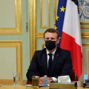 Sondage: forte remontée pour Emmanuel Macron