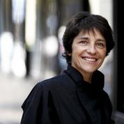 Sur LCI, Élizabeth Martichoux remplace Darius Rochebin