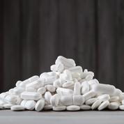 Comment surveille-t-on les risques liés aux médicaments?