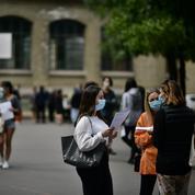 Confinement: l'ouverture des collèges et lycées maintenue