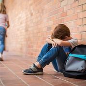 «Si on te frappe, tu frappes»: est-ce vraiment un bon conseil à donner à son enfant harcelé?