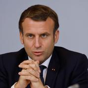 Commerces: Emmanuel Macron annoncera la date de réouverture mardi à la télévision