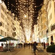 Noël en temps de Covid: les villes misent sur l'illumination des rues