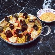 Les recettes de Marc Favier: œufs bio frits, épinards et crème de comté, fidéoa de saint-jacques et sauce aïoli, tarte soufflée chocolat et sablé noisette