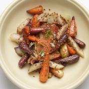 Les recettes de Christophe Aribert: velouté de patate douce, volaille du Trièves, carottes et pousses d'absinthe, tarte aux noix et glace à la vanille
