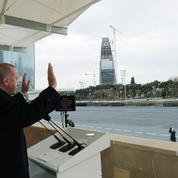 Erdogan célèbre à Bakou la victoire contre l'Arménie