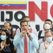 Venezuela: après les législatives, la fragile riposte de l'opposition