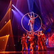 Le cirque du soleil à l'heure du crépuscule