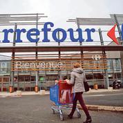 Malgré le veto de Le Maire, Carrefour et Couche-Tard continuent de négocier un projet de mariage