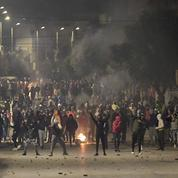 La jeunesse en colère brave l'interdiction de manifester en Tunisie