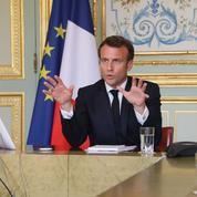 Macron vante le plan de relance auprès des patrons étrangers