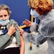 Vaccination: pourquoi le report de la deuxième injection à six semaines fait débat