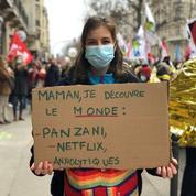 «Ouvre les facs, Vidal, on est mal!»: dans les rues de Paris, les étudiants crient leur détresse