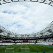 «Les stades deviennent les tristes miroirs de la vacuité sociale qui nous frappe»