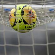Droits TV: le football français retient son souffle