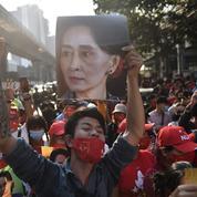 La Birmanie repasse sous le joug de la junte