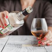 «On n'observe pas de volonté de mettre l'accent sur les risques de cancer liés à l'alcool»