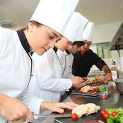 Quelles études après le bac pour devenir cuisinier, pâtissier ou serveur