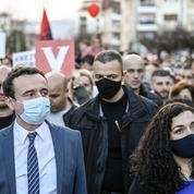 Kosovo: un «ticket jeune» défie la vieille garde de l'UÇK